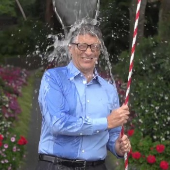 What the Ice Bucket Challenge Teaches Us About Facebook Marketing
